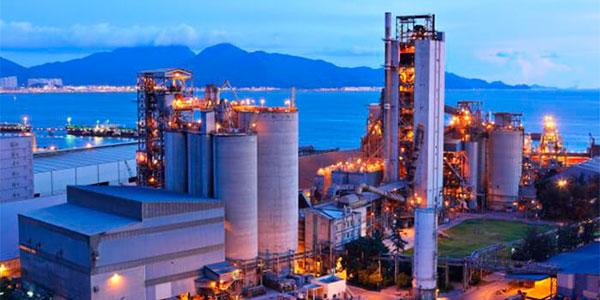 Este sector transforma las materias primas en productos acabados directos para el consumo.