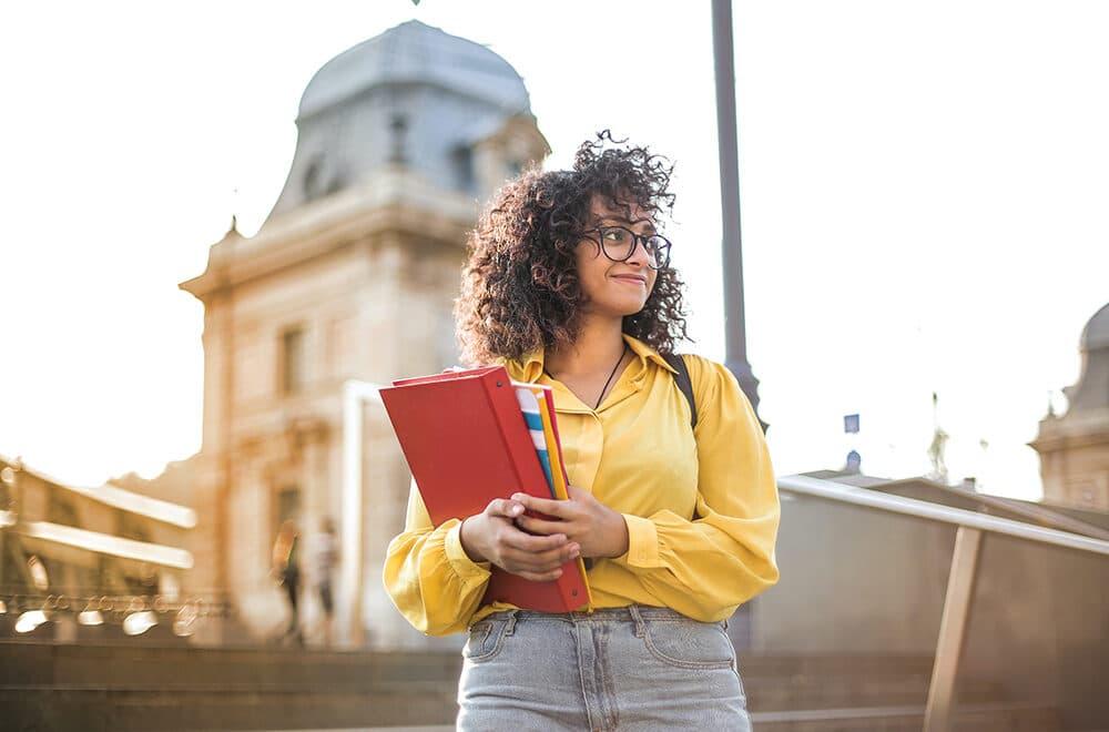 Estudiar un máster te ayudará a encontrar un mejor empleo