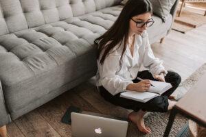 Cursar estudios online… ¿Merece la pena?