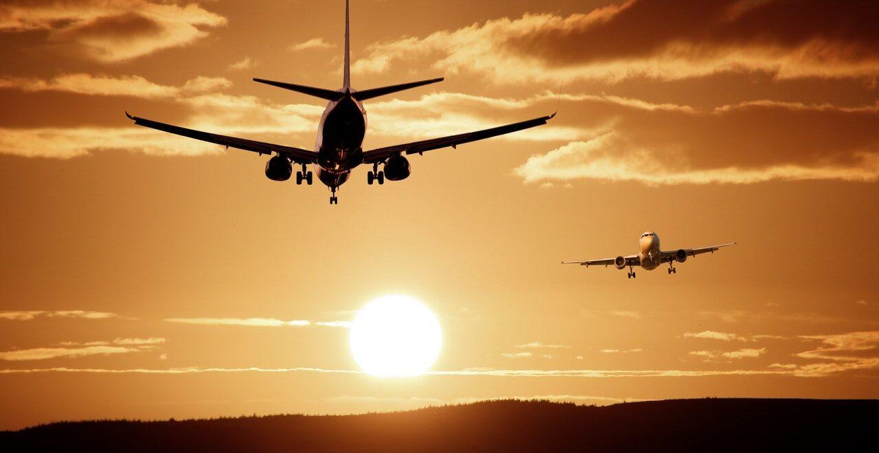 Cursos de auxiliar de vuelo y tierra