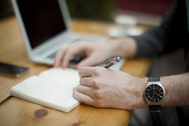 Escribiendo oficina